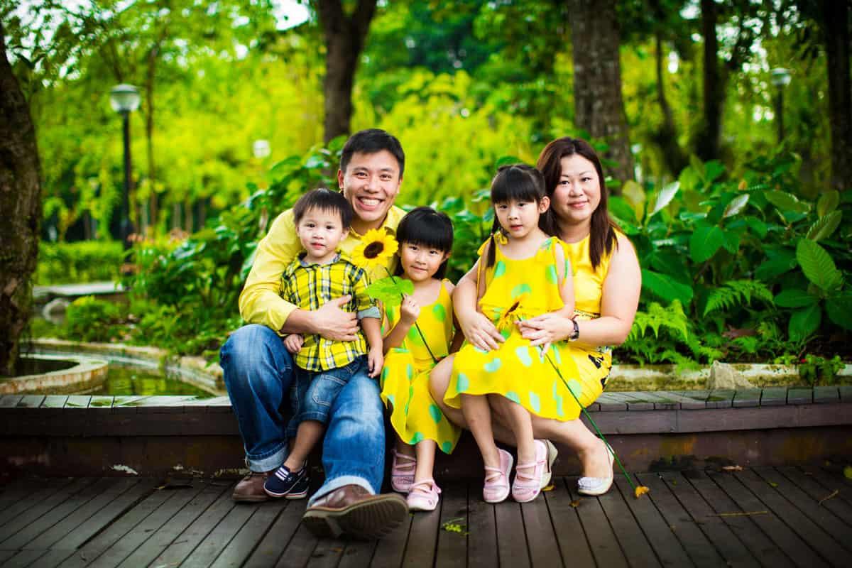 family photo shoot singapore. Black Bedroom Furniture Sets. Home Design Ideas